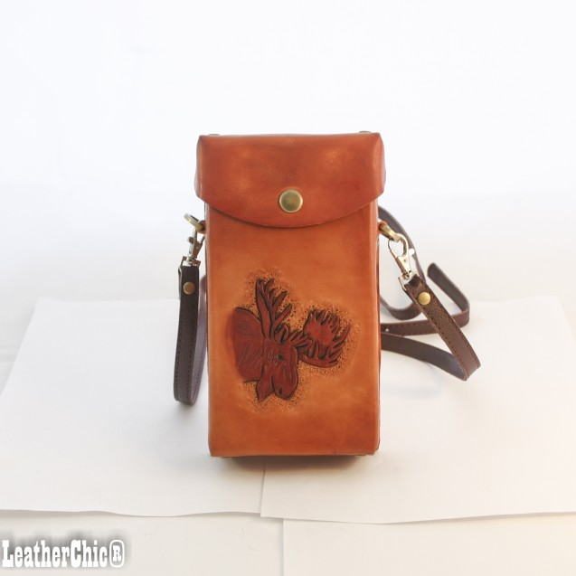Hand Carved Cross-body Bag Moose HB 36